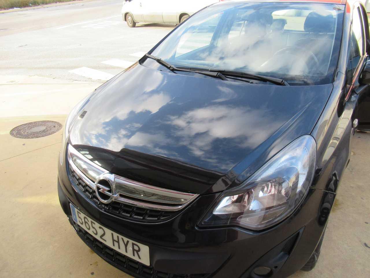 Opel Corsa 1.2 SELECTIVE 85 CV MUY EQUIPADO UN SOLO PROPIETARIO, CERTIFICADO DE KM Y CARROCERIA   - Foto 1