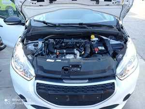 Peugeot 208 1.6 HDI ACCESS 75 CV CINCO PUERTAS CERTIFICADO DE KM Y CARROCERIA  - Foto 3