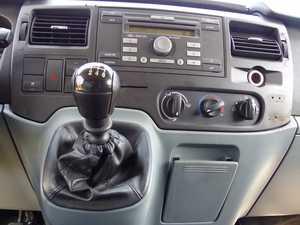 Ford Transit  Minibus y Kombi 330 M SEMIELEVADA 9 PLAZAS, CLIMATIZADA. certificada de km y carroceria  - Foto 2