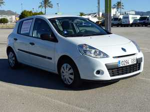 Renault Clio 1.5 DCI AUTHENTIQUE 75 CV ECO 2 CINCO PTAS NO PROCEDE DE RENT A CAR  - Foto 3