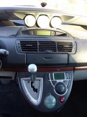 Citroën C8 2.0 HDI PREMIUM AUTOMATICO 7 PLAZAS MUY EQUIPADO   - Foto 3