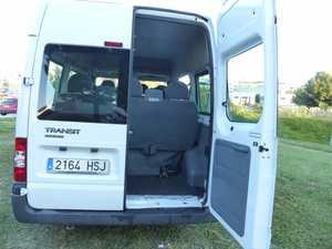 Ford Transit  Minibus y Kombi 280 SEMIELEVADO 100CV SEIS VELOCIDADES CERTIFICADO DE KM Y CARROCERIA  - Foto 2