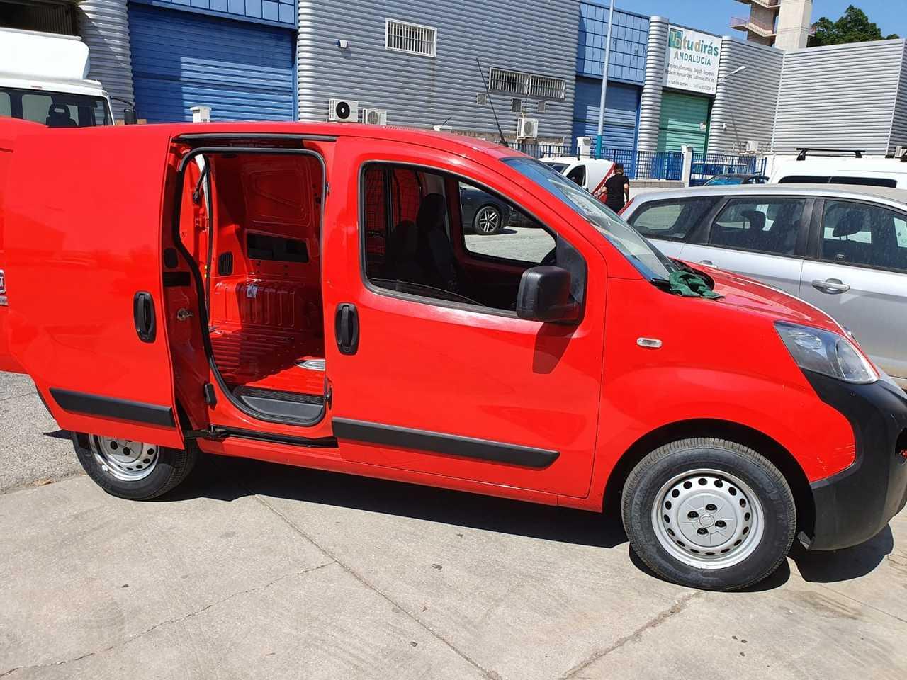 Fiat Fiorino Cargo 1.3 CDTI PUERTA CORREDERA  CERTIFICADO DE KM Y CARROCERIA  - Foto 1