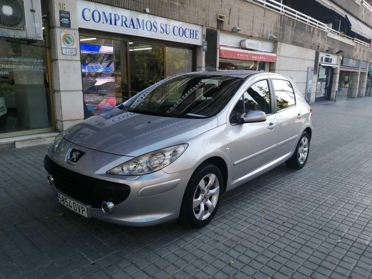 Peugeot 307 2.0 HDi 136 XS   - Foto 1