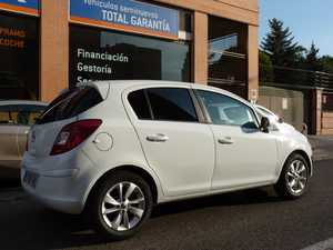 Opel Corsa 1.2 GLP  - Foto 3
