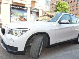 BMW X1 2.0 D4 Sdrive  - Foto 3