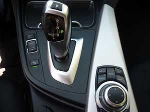BMW Serie 3 Touring 2.0 dA 150 CV   - Foto 9