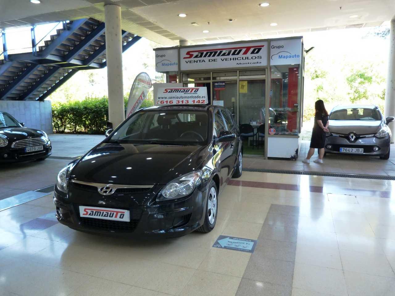 Hyundai i30 i30 1.4 CVVT Comfort 5p UN SOLO PROPIETARIO PARTICULAR  - Foto 1