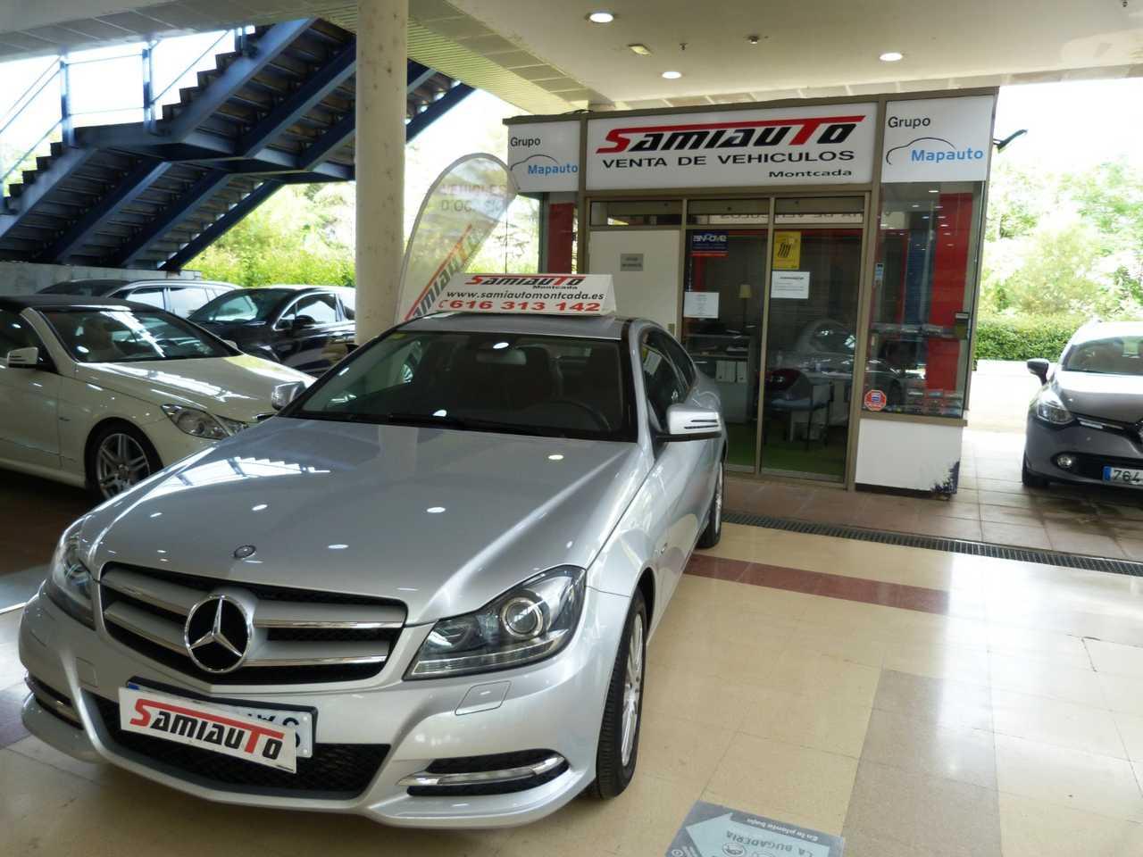 Mercedes Clase C Coupé Clase C C 220 CDI Blue Efficiency Coupe 2p. LIBRO DE REVISIONES COMPLETAMENTE NUEVO  - Foto 1