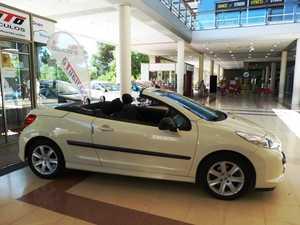 Peugeot 207 CC 207 CC 1.6 VTi 16v 120 2p. muy bien cuidado  - Foto 2