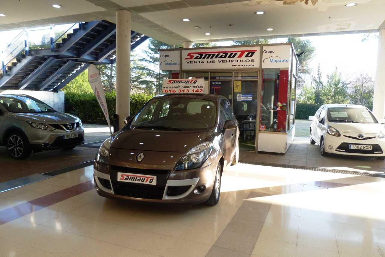 Renault Scénic  Scenic Family Edition 1.5dCi 105cv eco2 5p MUY MUY BIEN CUIDADO   - Foto 1