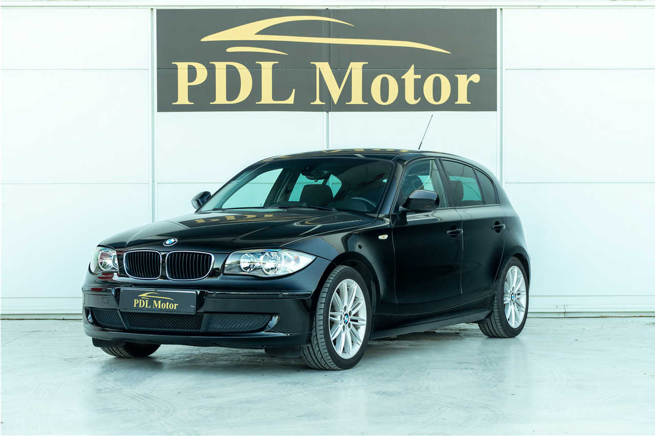 BMW Serie 1 118 D 143 CV - 186 €/MES   - Foto 1