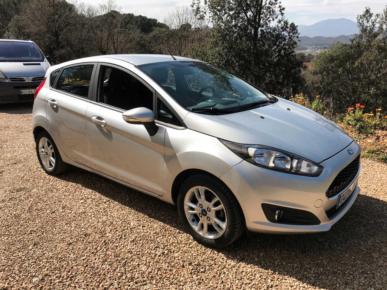 Ford Fiesta Trend 1.25 82CV Gasolina  - Foto 1