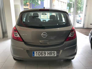 Opel Corsa 1.2 Selective Gasolina 85CV   - Foto 2