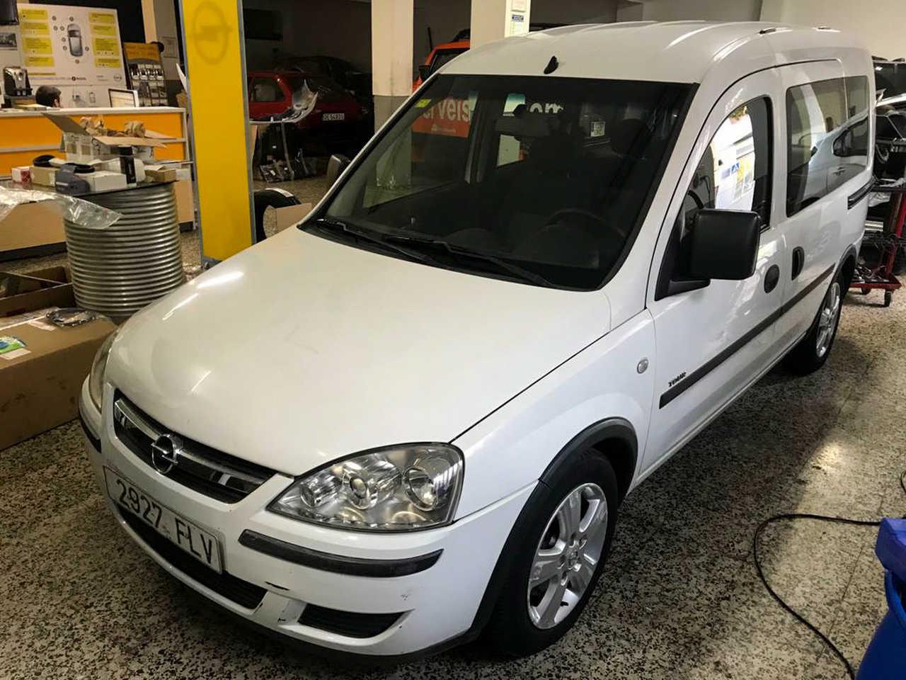 Opel Combo Cargo 1.7 CDTi 100CV   - Foto 1