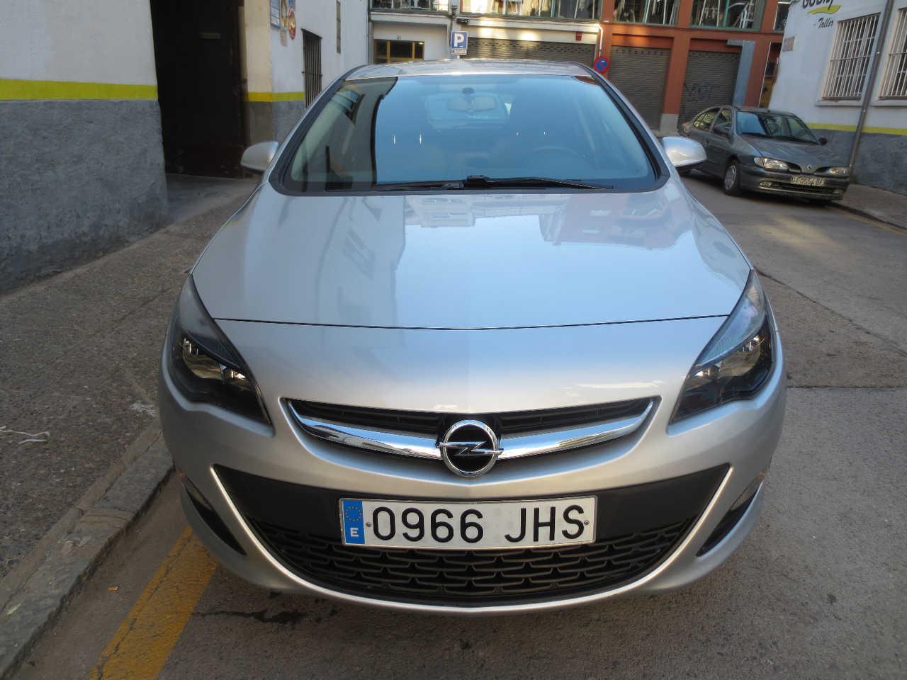 Opel Astra 1.6 CDTI SELECTIVE ECO   - Foto 1