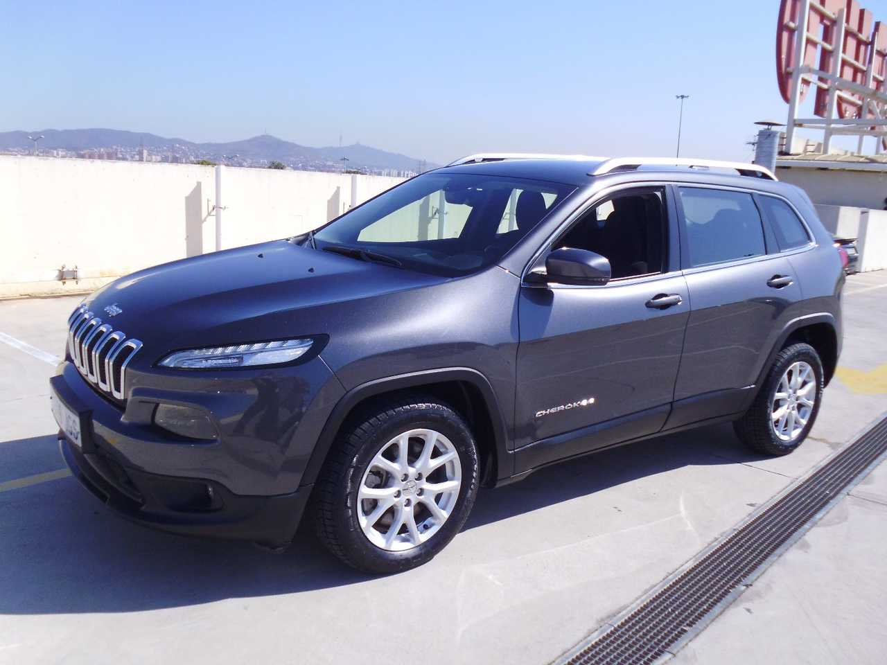 Jeep Cherokee LONGITUDE Busines plus   - Foto 1