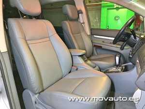 SsangYong Rodius 270 Xdi Limited AWD 165cv Aut.   - Foto 2