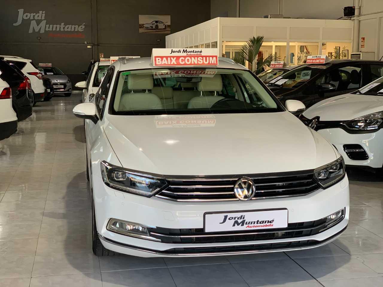 Volkswagen Passat Variant 2.0 TDI 150cv Sport BMT -. '' MUY EQUIPADO '' .-