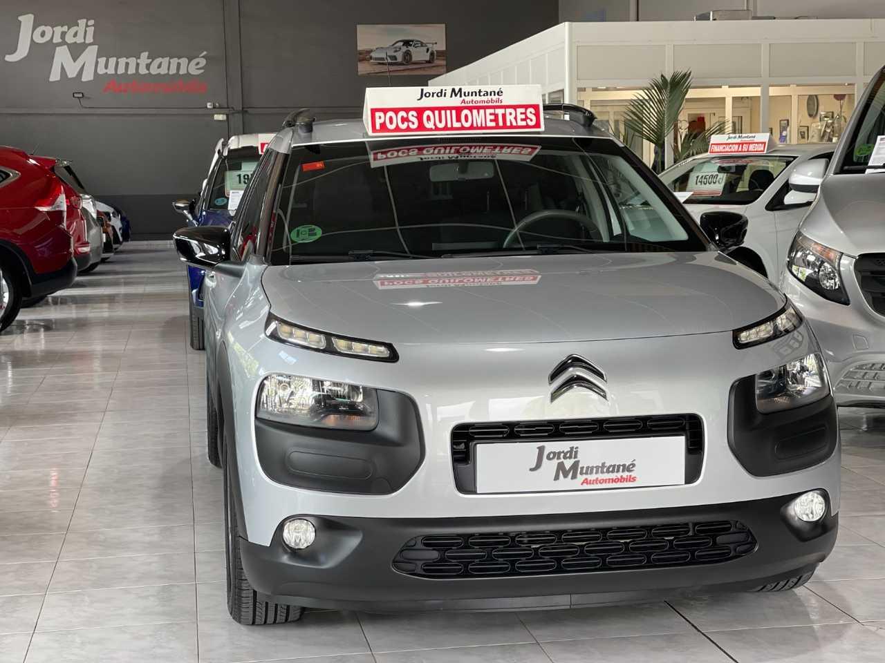 Citroën C4 Cactus 1.2 PureTech 82cv .-