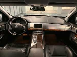 JAGUAR XF 2.2 Diesel Luxury Aut.  - Foto 3