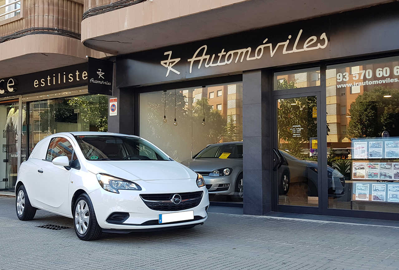 Opel Corsa Van 1.3 CDTI 75CV. EXPRESSION S&S MUY BUEN ESTADO  - Foto 1