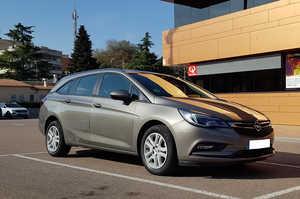 Opel Astra Sports Tourer  1.6 CDTI 110CV. SELECTIVE 6VEL. MUY BUEN ESTADO  - Foto 2
