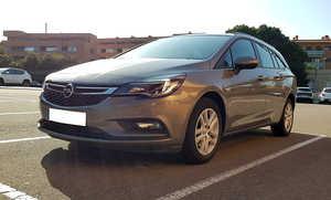 Opel Astra Sports Tourer  1.6 CDTI 110CV. SELECTIVE 6VEL. MUY BUEN ESTADO  - Foto 3