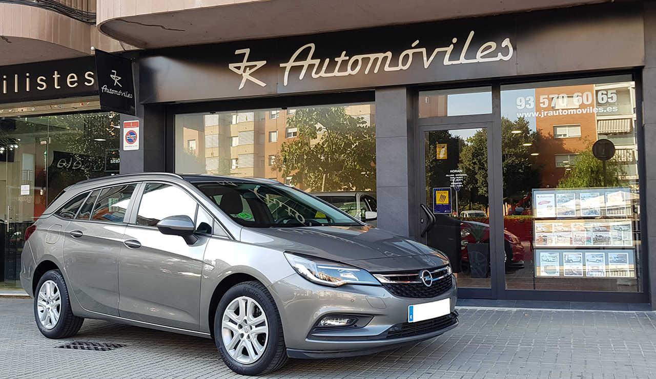 Opel Astra Sports Tourer  1.6 CDTI 110CV. SELECTIVE 6VEL. MUY BUEN ESTADO  - Foto 1