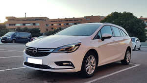 Opel Astra Sports Tourer  1.6 CDTI 110CV. SELECTIVE 6VEL. MUY BUEN ESTADO, MUCHO EQUIPAMIENTO  - Foto 3
