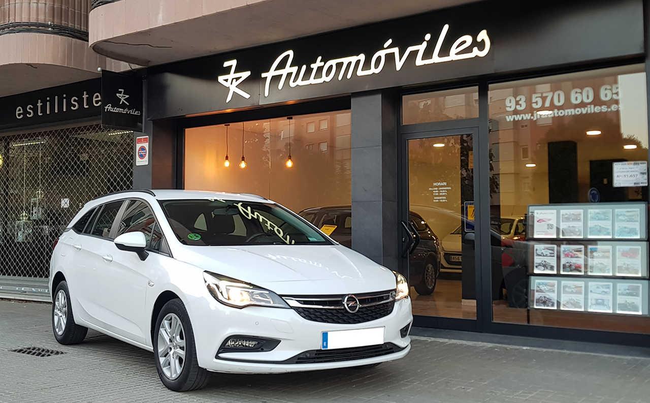 Opel Astra Sports Tourer  1.6 CDTI 110CV. SELECTIVE 6VEL. MUY BUEN ESTADO, MUCHO EQUIPAMIENTO  - Foto 1