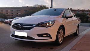 Opel Astra 1.6 CDTI 110CV. BUSINESS +  POCOS KMS. Y MUCHO EQUIPAMIENTO  - Foto 3