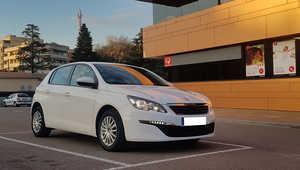 Peugeot 308 1.6 BlueHDI 120CV. BUSINESS LINE S&S MUY BUEN ESTADO, MUCHO EQUIPAMIENTO  - Foto 2