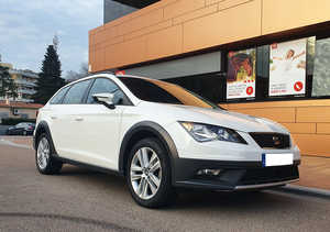 Seat Leòn  X-perience 1.6 TDI 110CV ST X-PERIENCE IMPECABLE   - Foto 2