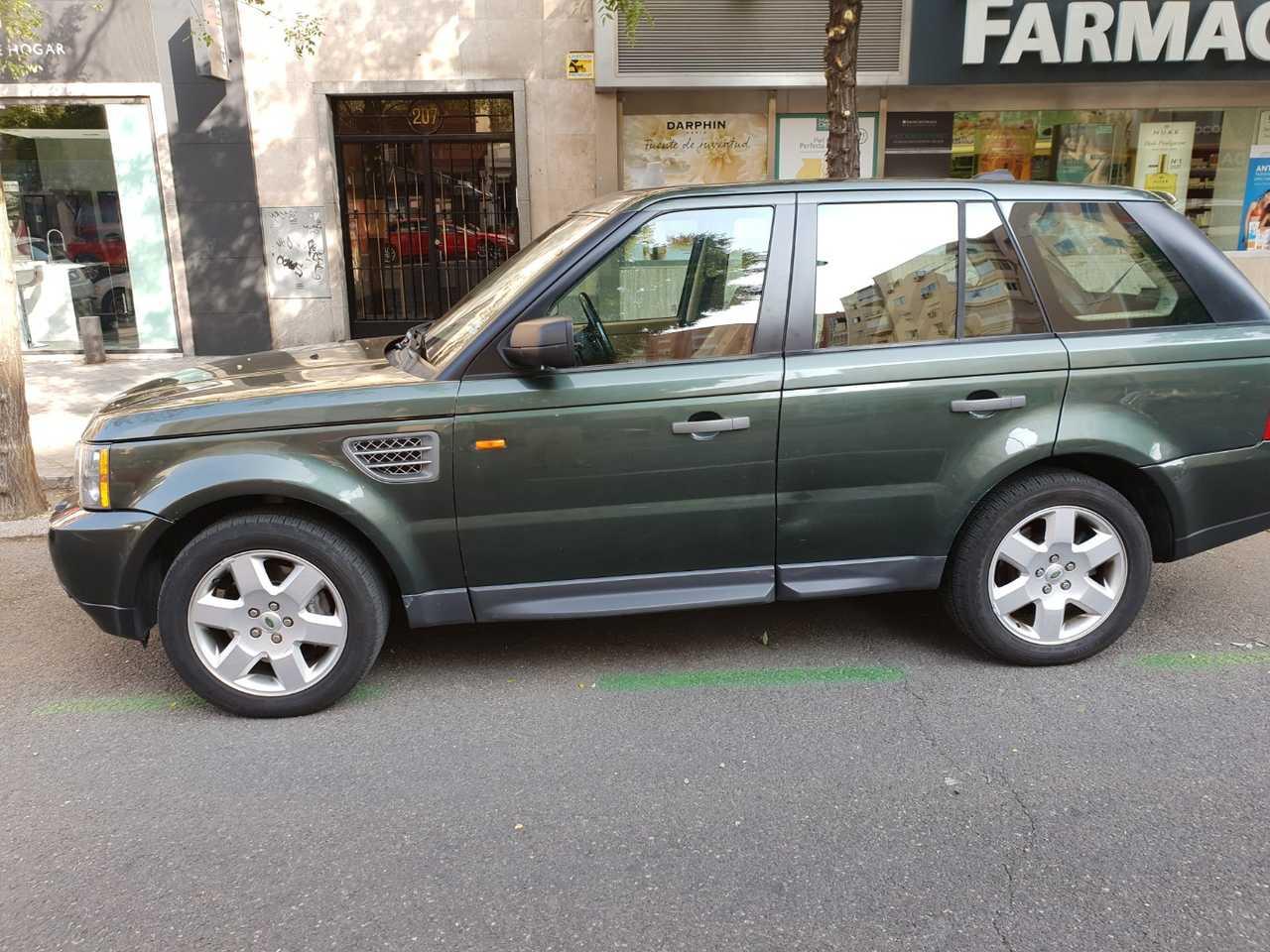 Land-Rover Range Rover Sport 2700 td v6 HSE   - Foto 1