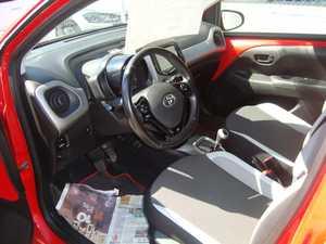 Toyota Aygo 70 X-SHIFT X PLY 5 P AUTOMATICO   - Foto 2
