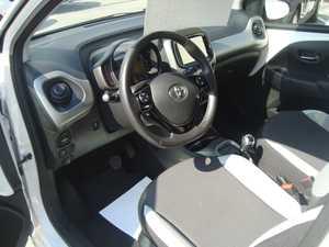 Toyota Aygo 70X-PLAY 5 P   - Foto 2