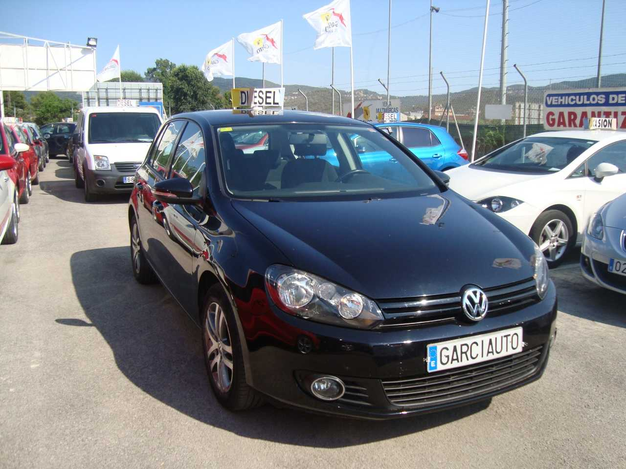 Volkswagen Golf 1.6TDI 105 CV TREND   - Foto 1