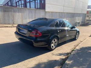 Mercedes Clase E 270 CDI   - Foto 2