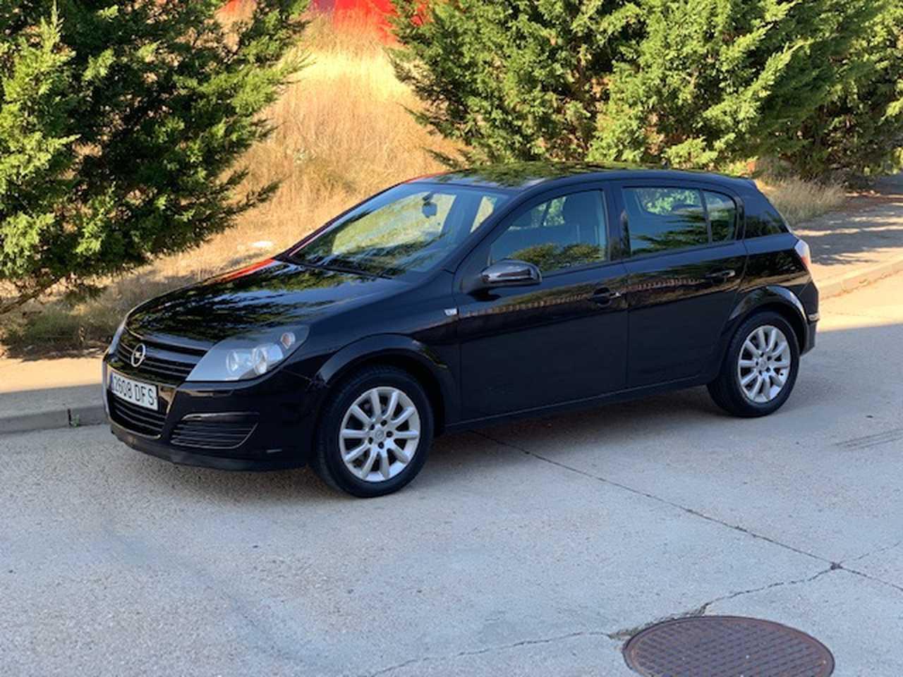 Opel Astra 1.7 CDTI   - Foto 1