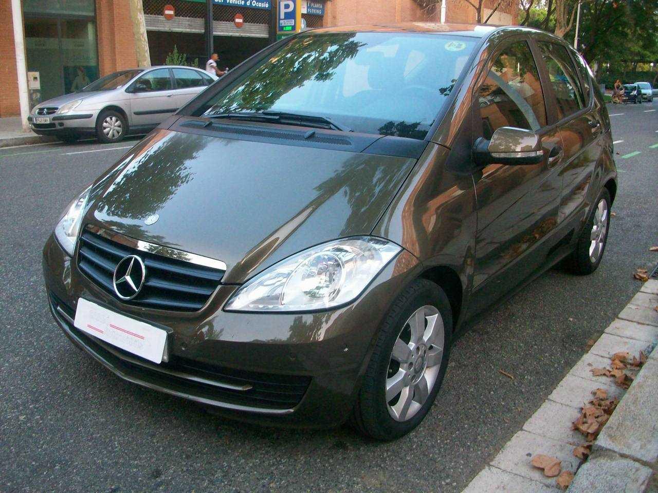 Mercedes Clase A 180  CDI  EXCLUSIVE EDITION AUTOMATICO   - Foto 1