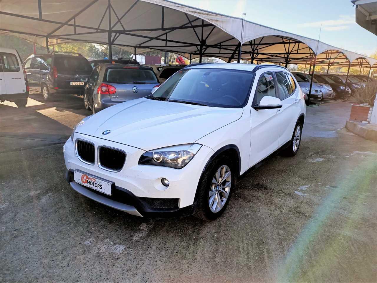 BMW X1 SDRIVE 20D   - Foto 1