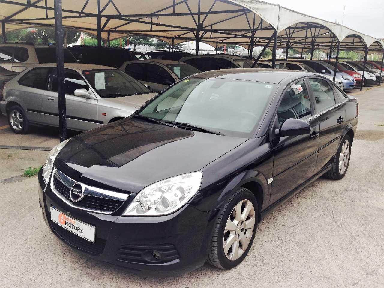 Opel Vectra 1.9 CDTI   - Foto 1