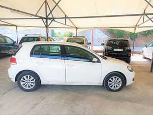 Volkswagen Golf VI 1.6 TDI BLUEMOTION   - Foto 2