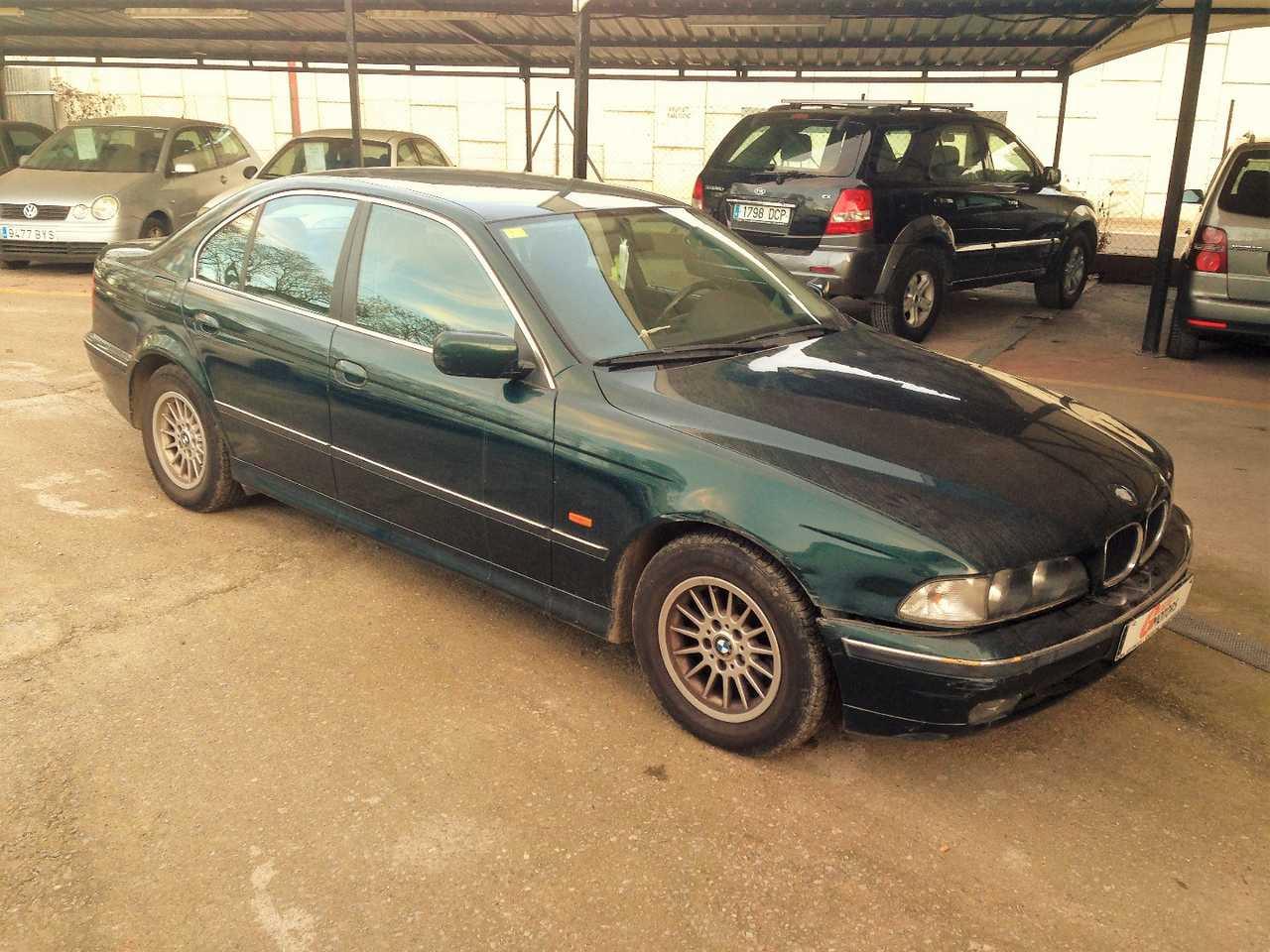 BMW Serie 3 523 i    - Foto 1