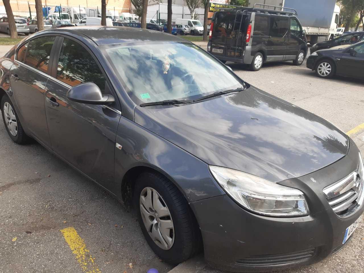 Opel Insignia  2.0 CDTI    - Foto 1