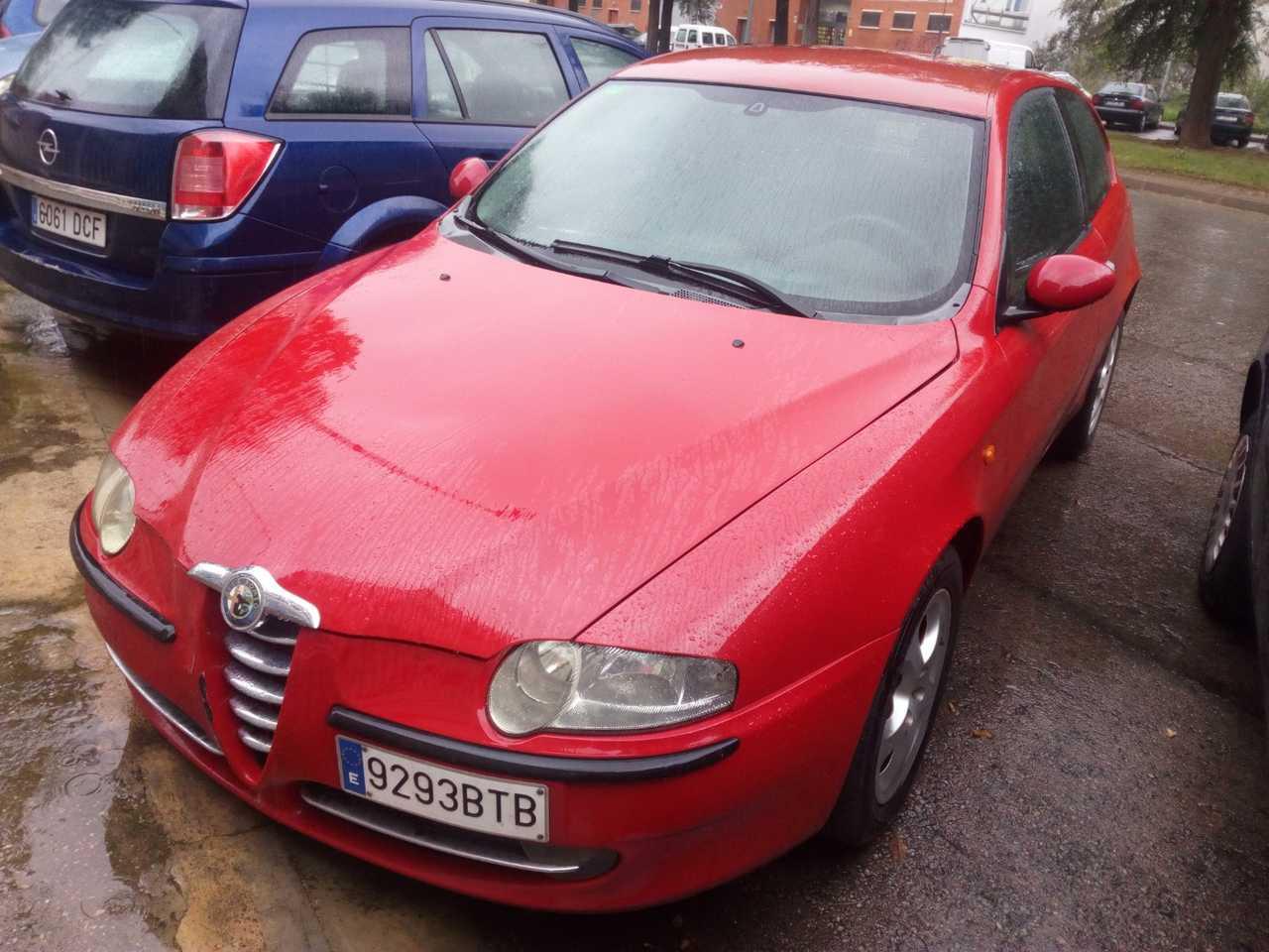 Alfa Romeo 147 1.6   - Foto 1