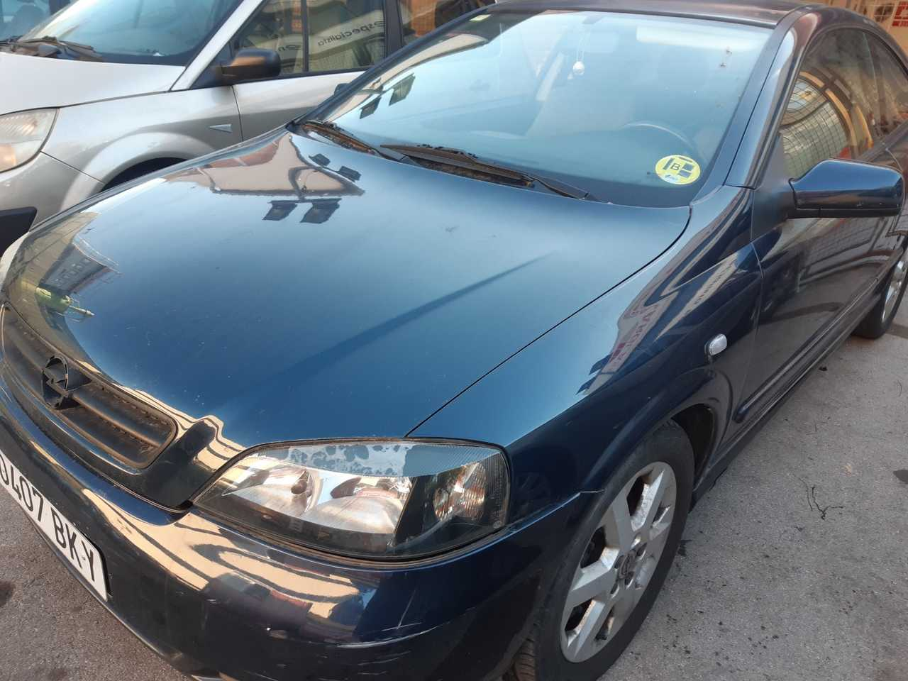 Opel Astra Bertone    - Foto 1