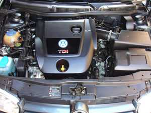 Volkswagen Golf 1.9 TDI HIGLINE 6 VEL.   - Foto 2
