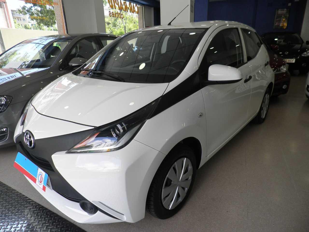 Toyota Aygo 1.0 X-PLAY   - Foto 1